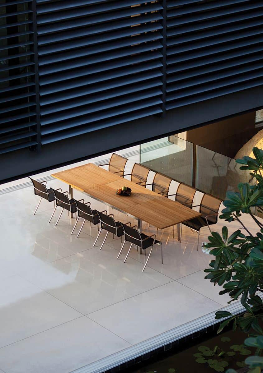 Мебели за външни условия QT